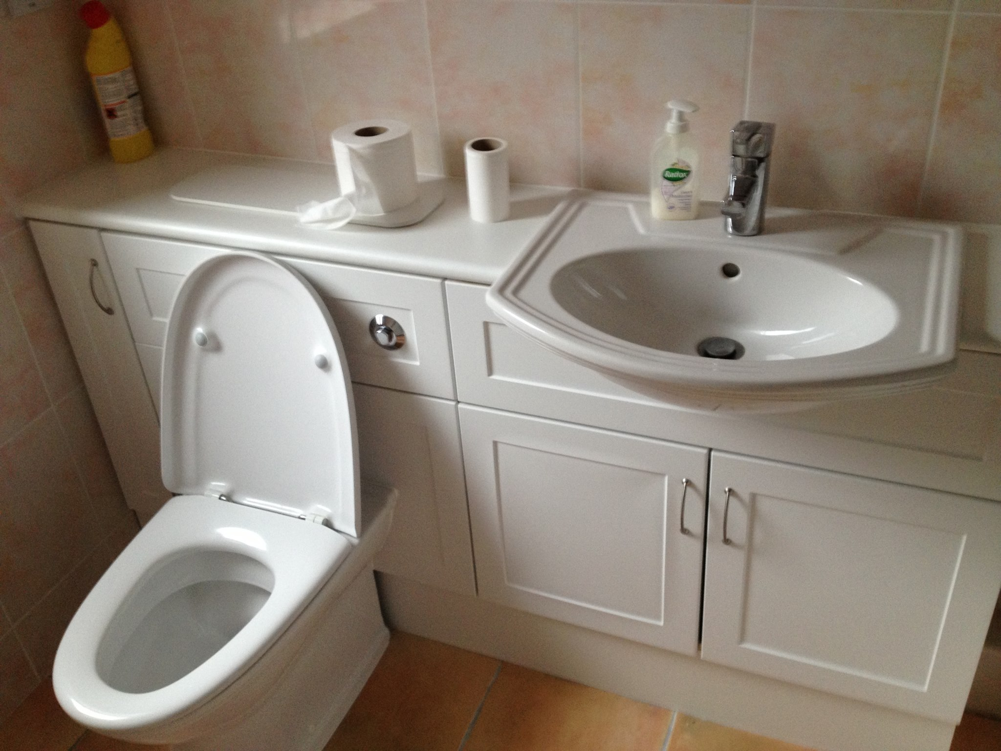 Our plumbing services: